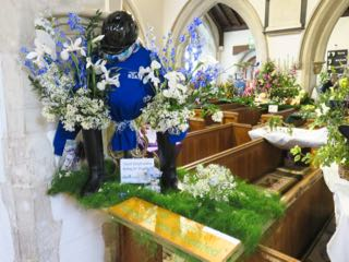 IMG 0210 rNorth Herts Riding for trhe Disabled  St Ippolyts Flower Festival 28th May 2016