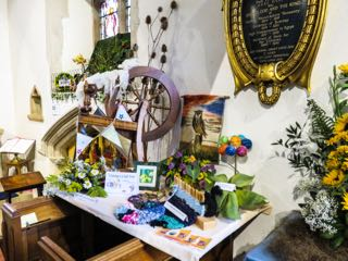 IMG 0213 rVisiting a craft Fair St Ippolyts Flower Festival 28th May 2016
