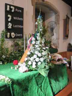 IMG 0251 rCricket Match Flower Festival 28th May 2016
