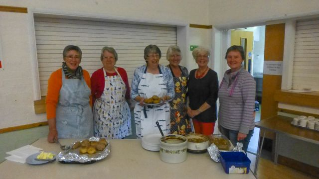 P1030840 R Ladies of WI at St Ippolyts Community Lunch on 7th October 2015